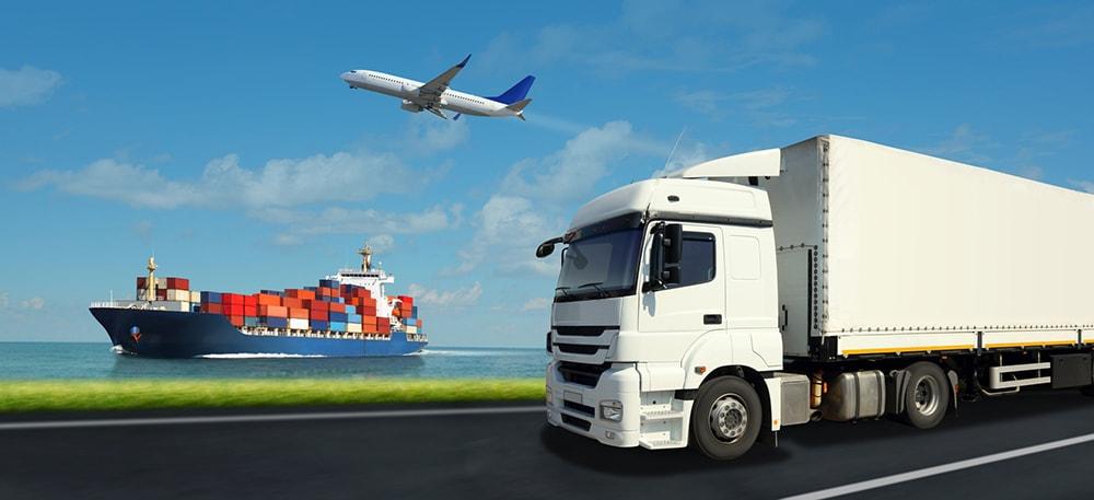 LKW, Flugzeug, Schiff - Wir bieten viele Transportlösungen